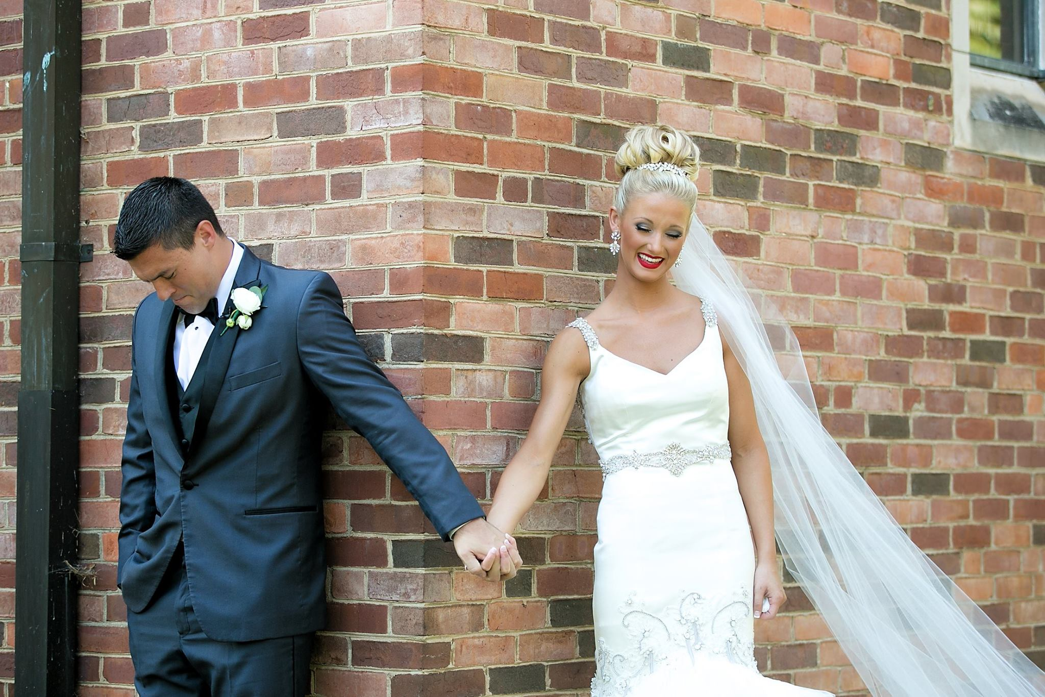 Wedding Wednesday: The First Look(s) | love 'n' labels www.lovenlabels.com